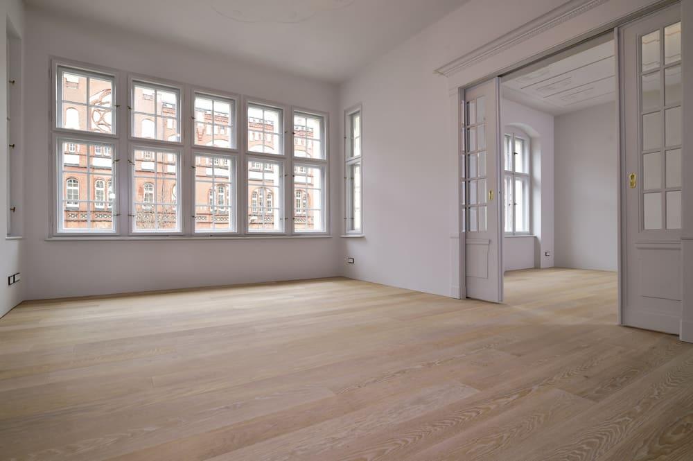 Period building's Duplex lxuxry apartment for sale in Berlin Charlottenburg