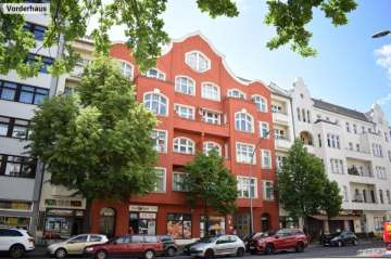 Classic 2 room period building apartment near the river Spree, 10555 Berlin, Apartment for sale