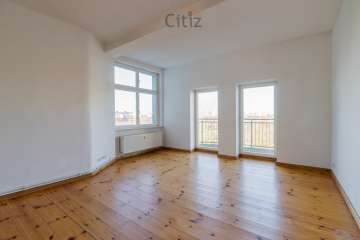 Light-flooded apartment with two balconies and view over Mauerpark for sale, 10435 Berlin, Apartment
