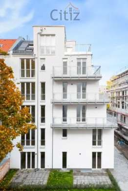 Top location in Lichtenberg: investment property studio for sale, 10315 Berlin, Apartment