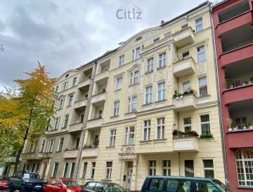 Next to Helmholtzplatz: 2-room apartment with terrace in a period building in Prenzlauer Berg, 10437 Berlin, Ground floor apartment for sale